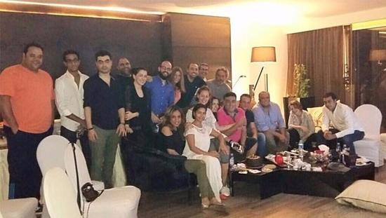 صورة شيرين عبد الوهاب على مائدة الإفطار في منزل منة شلبي