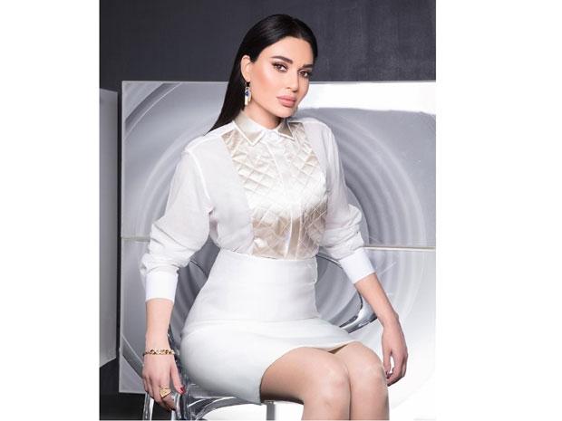 سيرين عبد التور بفستان أبيض