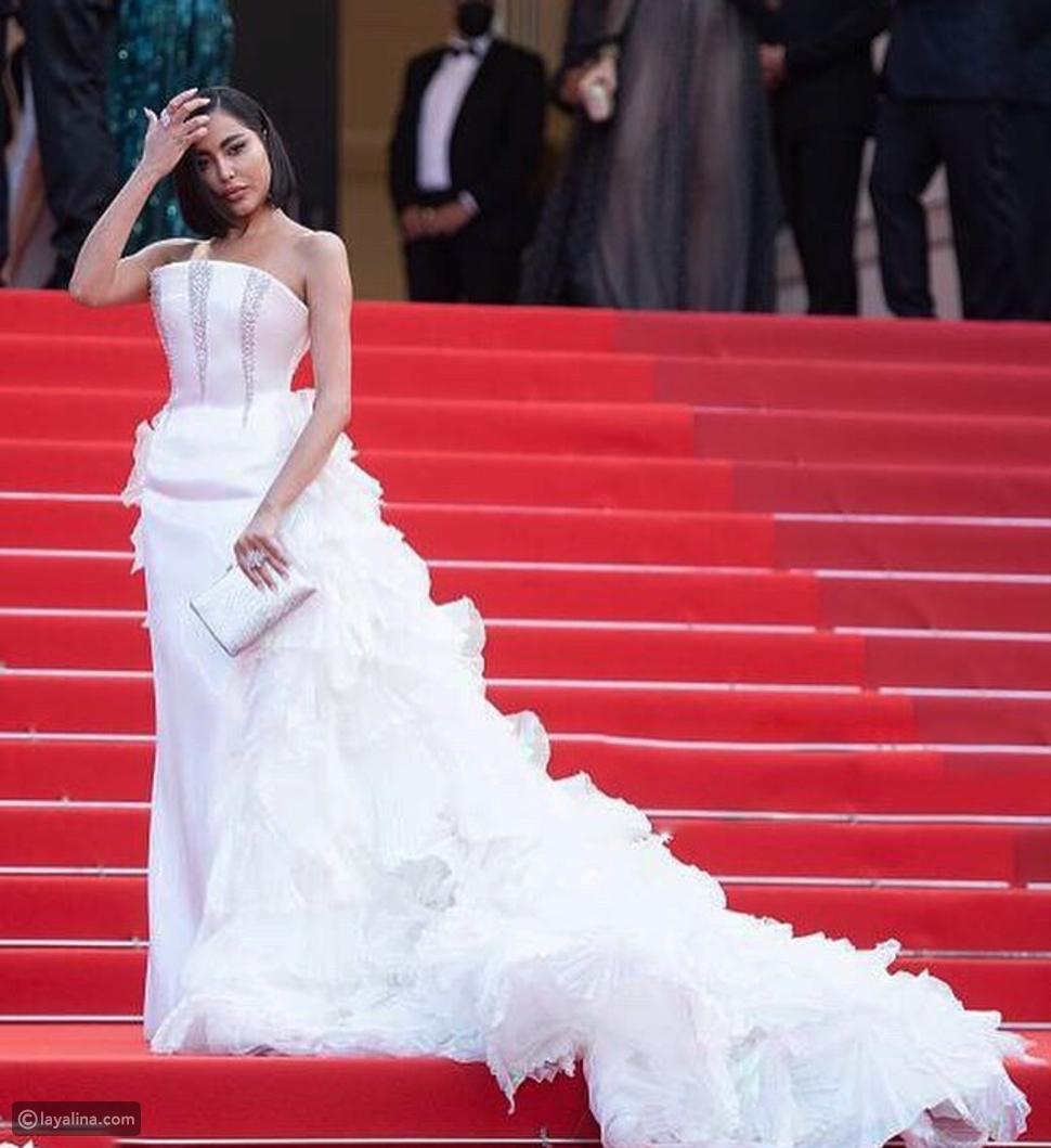 فاطمة المؤمن بفستان الزفاف في أحدث ظهور لها