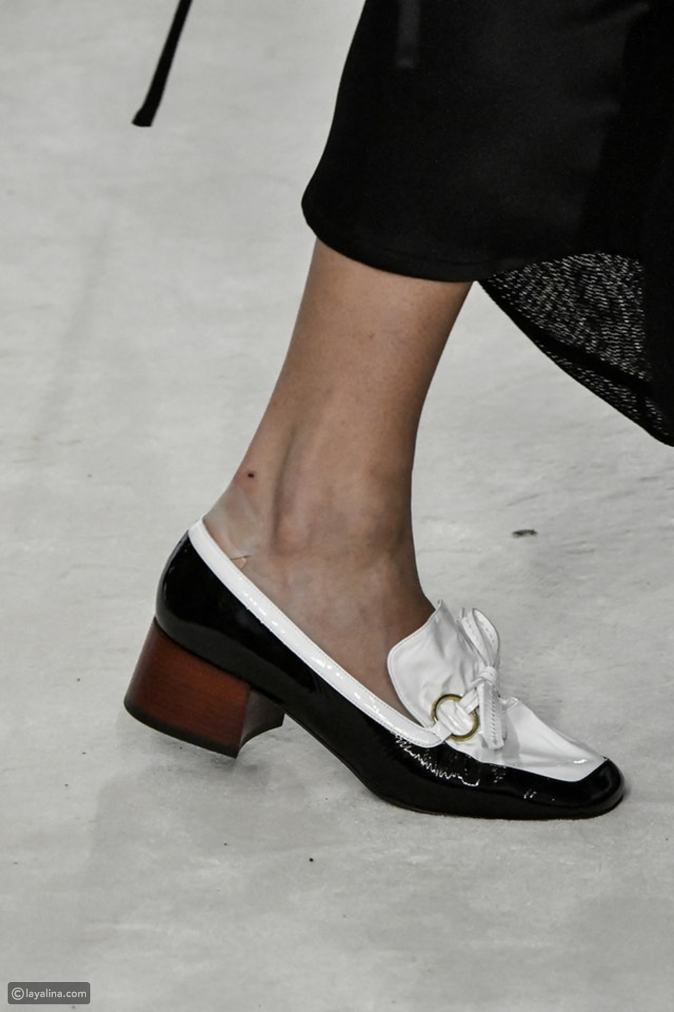 أحذية لويس فويتون