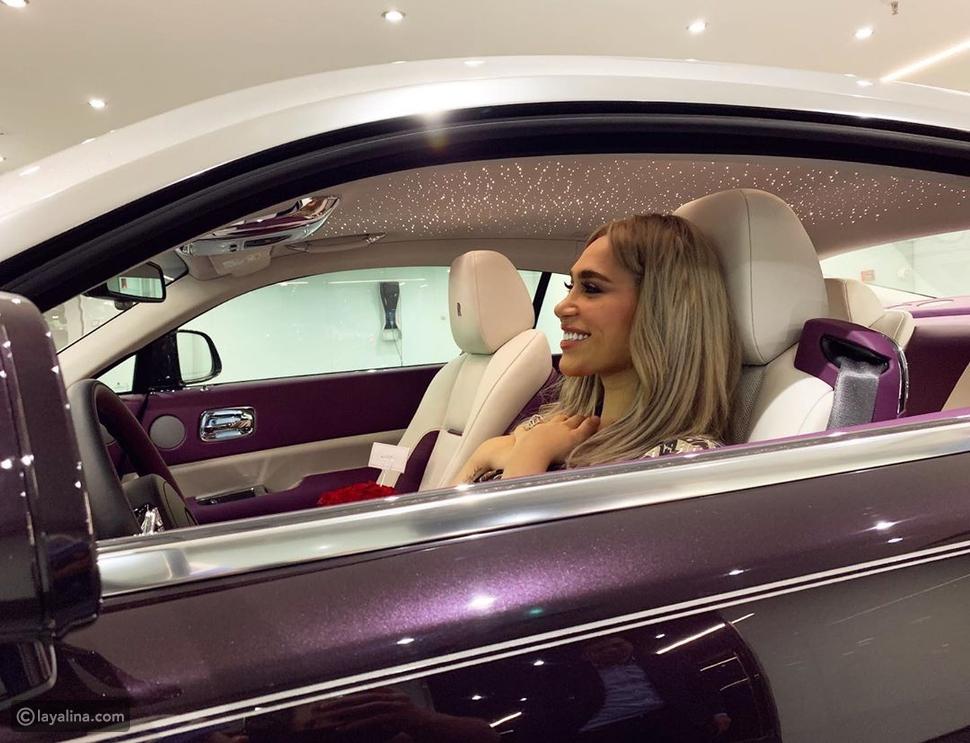 فيديو الدكتورة خلود تقتني سيارة فخمة لا يوجد منها في العالم سوى واحدة