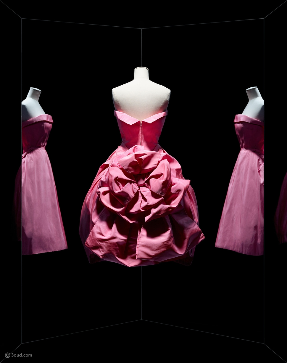 ثوب أوبرا بوف Opéra Bouffe