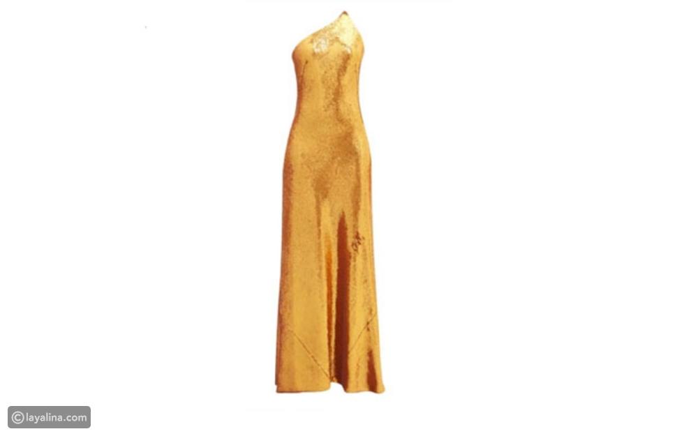 سعر فستان أنابيلا هلال قبل الخصم هو 1595 دولار أمريكي