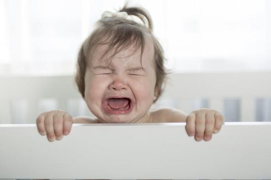 المغص عند الأطفال: أسبابه وطرق العلاج