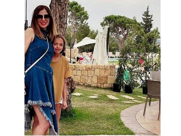 وفاء الكيلاني مع ابنتها جودي في أحدث ظهور لهما