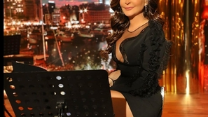 وصلة مدح بين إليسا ورامي جمال والجمهور يعلق على تغير ملامحها