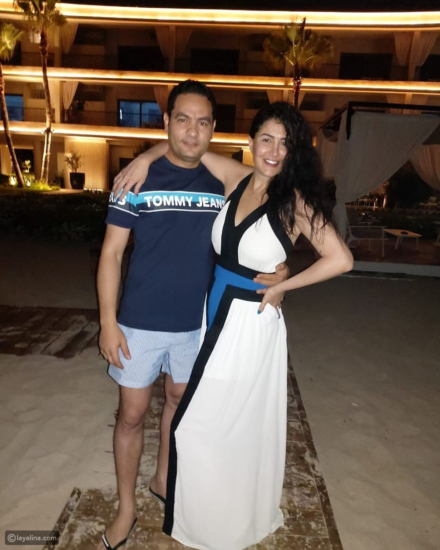 غادة عبد الرازق تنشر صورة رومانسية جديدة مع زوجها