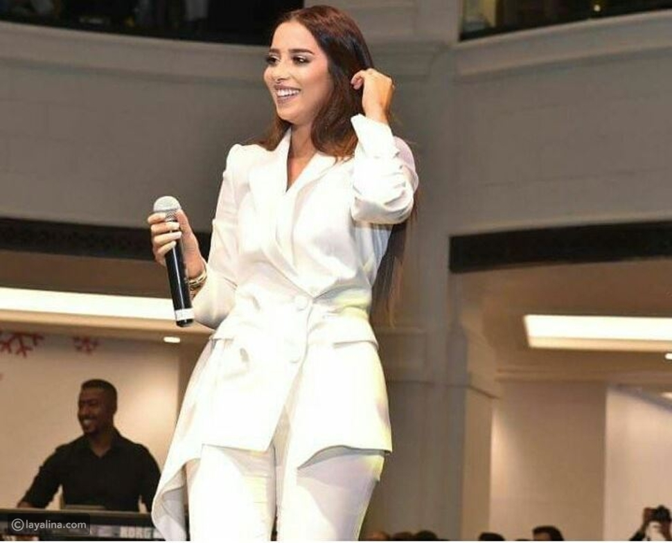 بلقيس فتحي تحيي حفل غنائي في مول الإمارات
