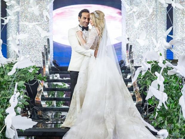 فستان زفاف هنا الزاهد من تصميم سامو هجرس