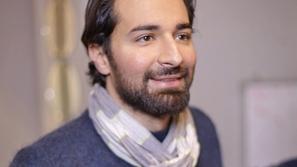 نشاط اجتماعي: أحمد حاتم يواصل نشر يومياته مع العزل المنزلي