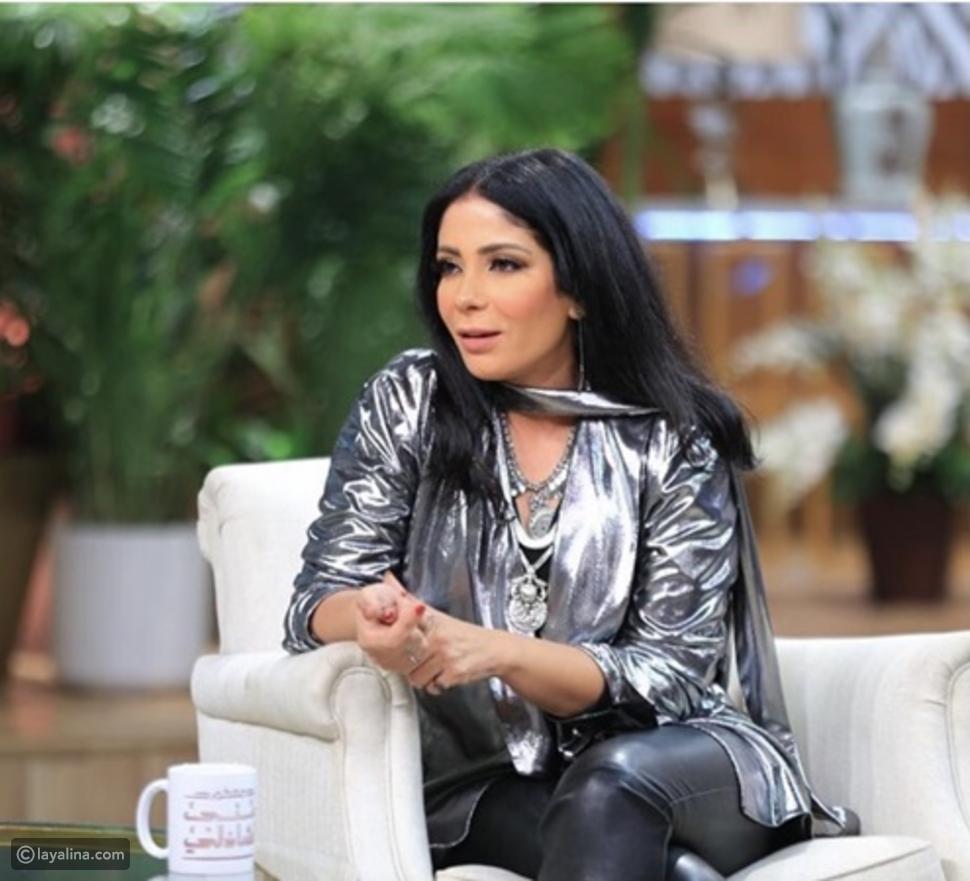 منى زكي: أحمد حلمي مبيعرفش يطبخ غير أكلة واحدة