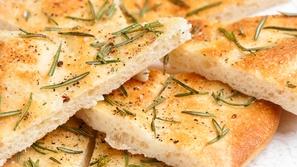 طريقة عمل أقراص الزعتر بالجبنة النابلسية