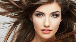 إليك هذه العلاجات الرائعة لنهايات الشعر المتقصف