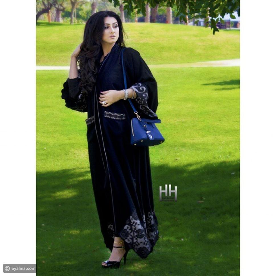صور هيفاء حسين تستعرض أنوثتها بعباية خليجية محتشمة
