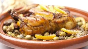 طاجين الدجاج من مطبخ منال العالم