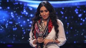 صورة البحرينية حنان رضا ترتدي الحجاب