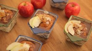 كيك التفاح بالكراميل من مطبخ منال العالم