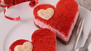 العشق في طبق: طريقة عمل كيكة عيد الحب (كيكة الفالنتاين)