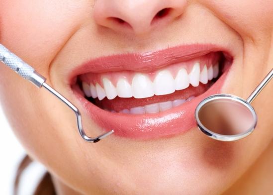 فوائد الكركم للأسنان - ليالينا