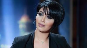 صورة الفنانة الكويتية هنادي الكندري بالحجاب تثير إعجاب محبيها