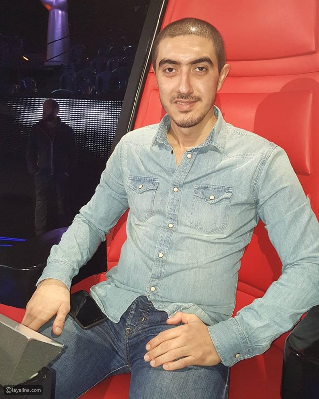 صور عمر ابن كاظم الساهر الأصغر يرافقه في كواليس The Voice هل يشبه القيصر؟