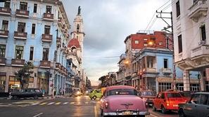السياحة في كوبا: وجهة مثالية للباحثين عن الطبيعة والتاريخ