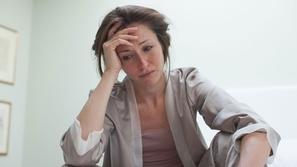 علامات الاكتئاب ونصائح للتخلص منها