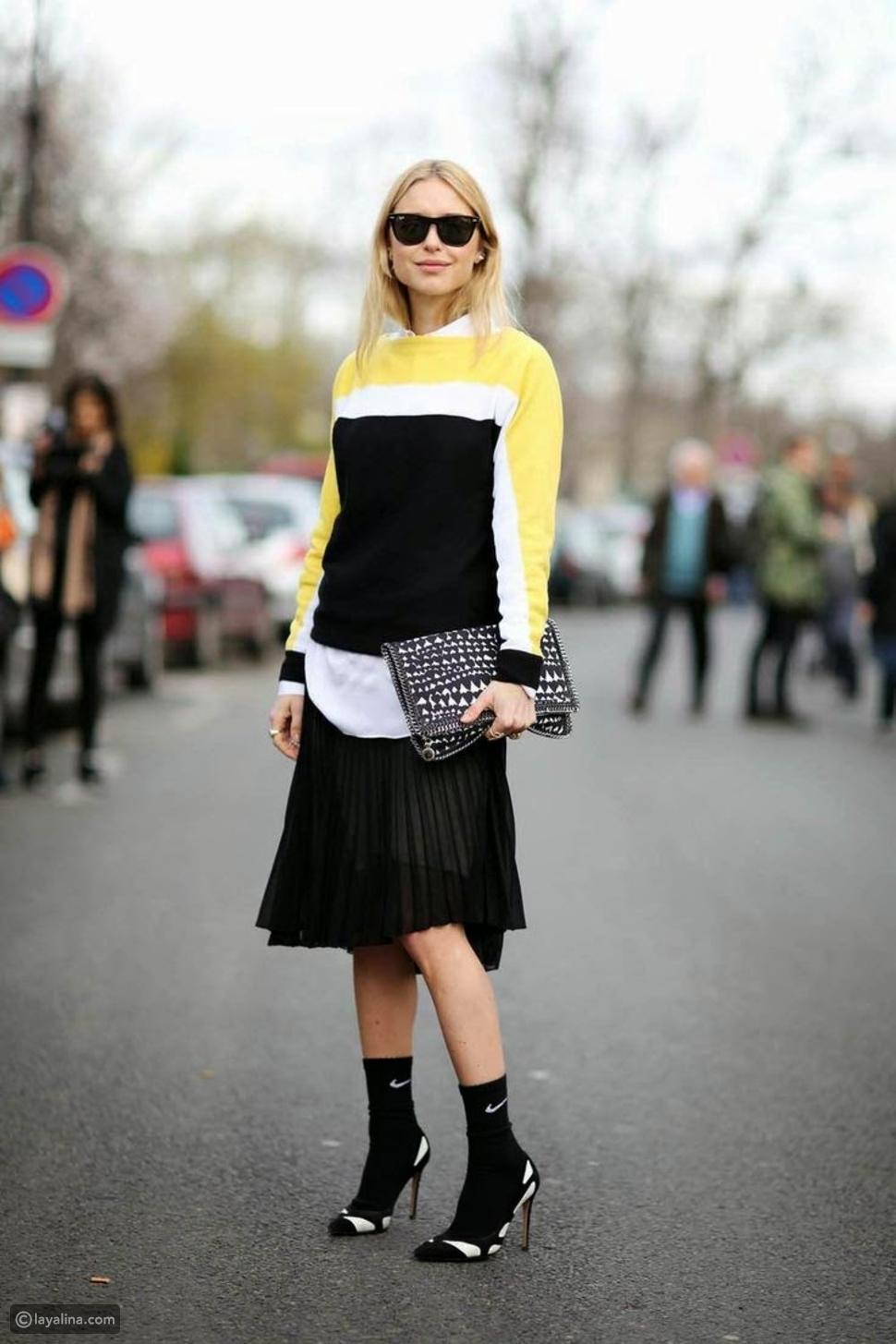 جوارب سوداء لمظهر متناسق