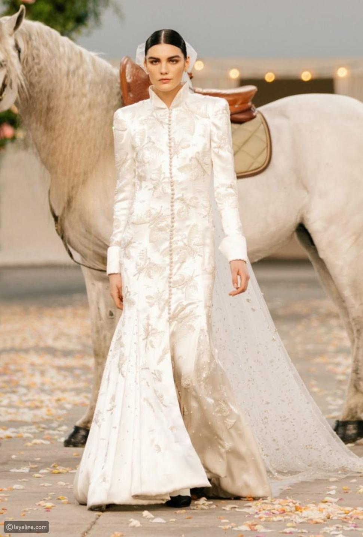 أعادت دار أزياءشانيل Chanel إنشاء حفل زفاف في الريف