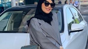 فيديو انتقاد سارة الودعاني بسبب طريقتها الساخرة في المزاح مع خادمتها