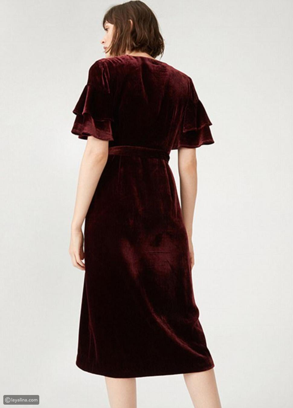 شكل فستان ميغان ماركل من الخلف