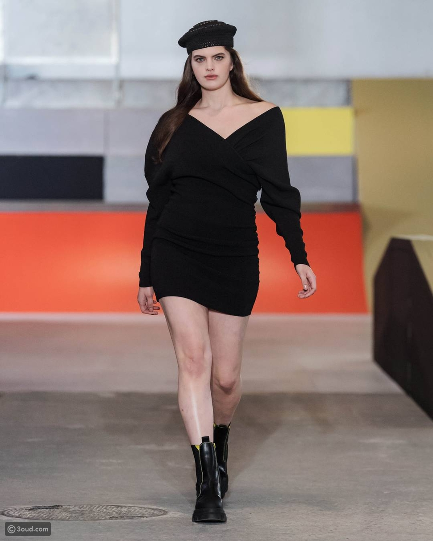 فستان صوف من دار أزياء Ganni