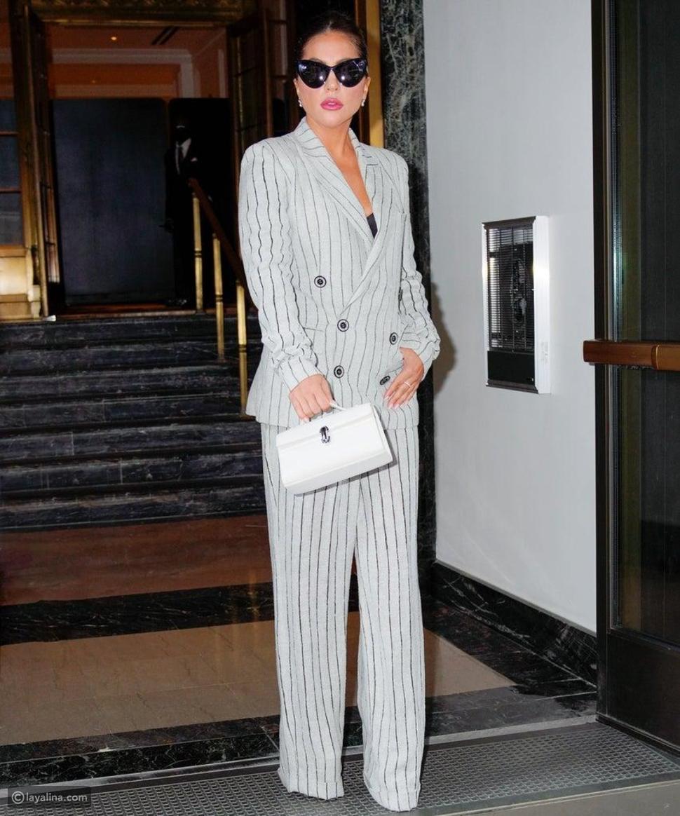 ليدي غاغا ترتدي بدلة رسمية من Jean Paul Gaultier