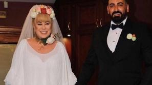 طلاق نجمة تركية بعد 36 ساعة زواج وصورة محزنة كشفت ما فعلته الصدمة بها
