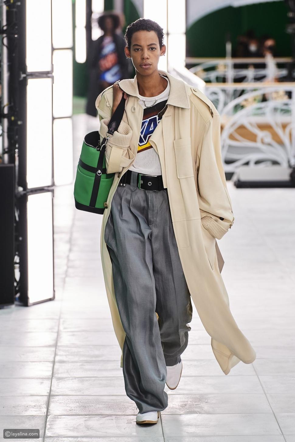 في عرض أزياءLouis Vuitton لمجموعة ربيع وصيف 2021