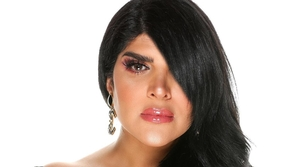 ابنة غدير السبتي تتحدث عن إصابتها بفيروس كورونا والدموع تغلب والدتها