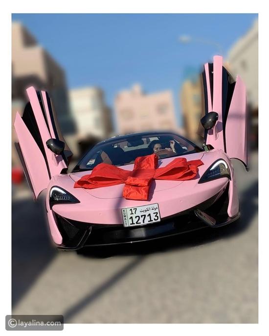 كيف احتفلت الفنانة الكويتية فرح الهادي بسيارتها الجديدة