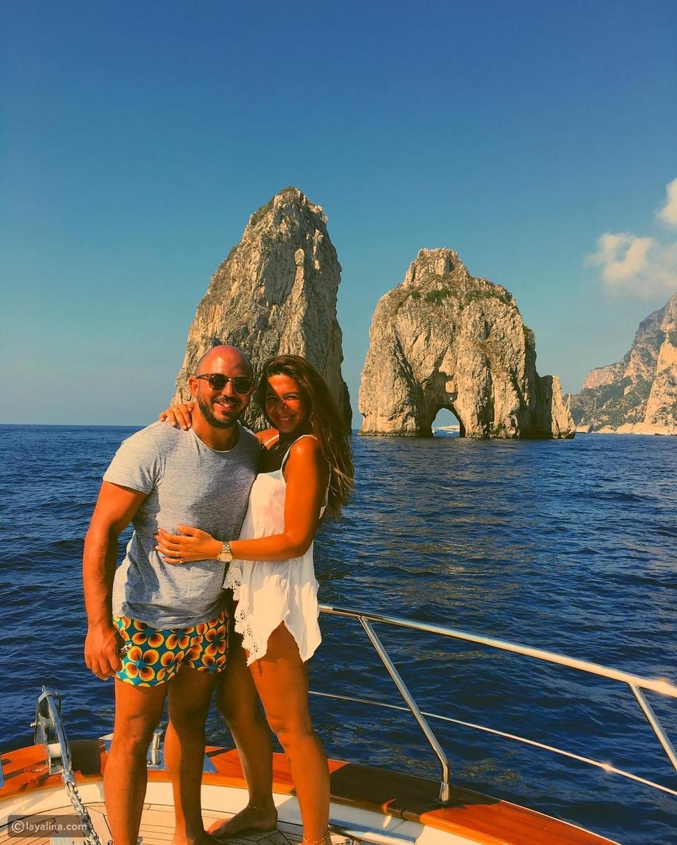 صورة محمود العسيلي مع زوجته في البحر تشعل إنستجرام