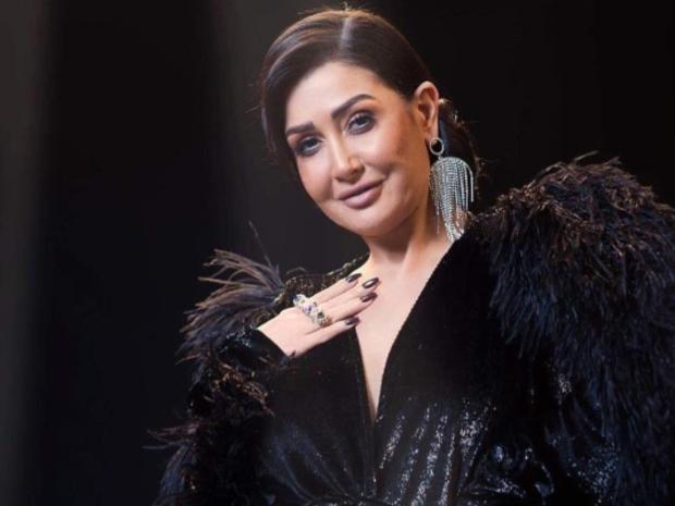 غادة عبد الرازق تعترف بعدد زيجاتها وتصدم الجمهور بالرقم!