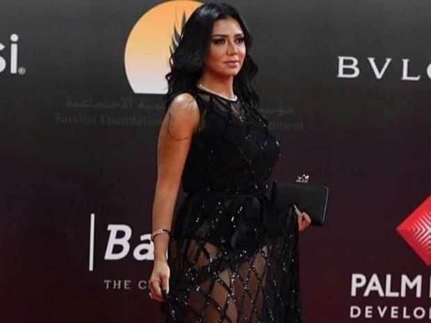 دعوى قضائية ضد رانيا يوسف بسبب فستانها الجريء