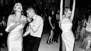لم يعد فستان واحد: موضة  تبديل الفساتين تجتاح حفلات الزفاف