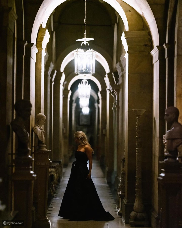 وإيلي غولدنغ بفستان زفاف باللون الأسود