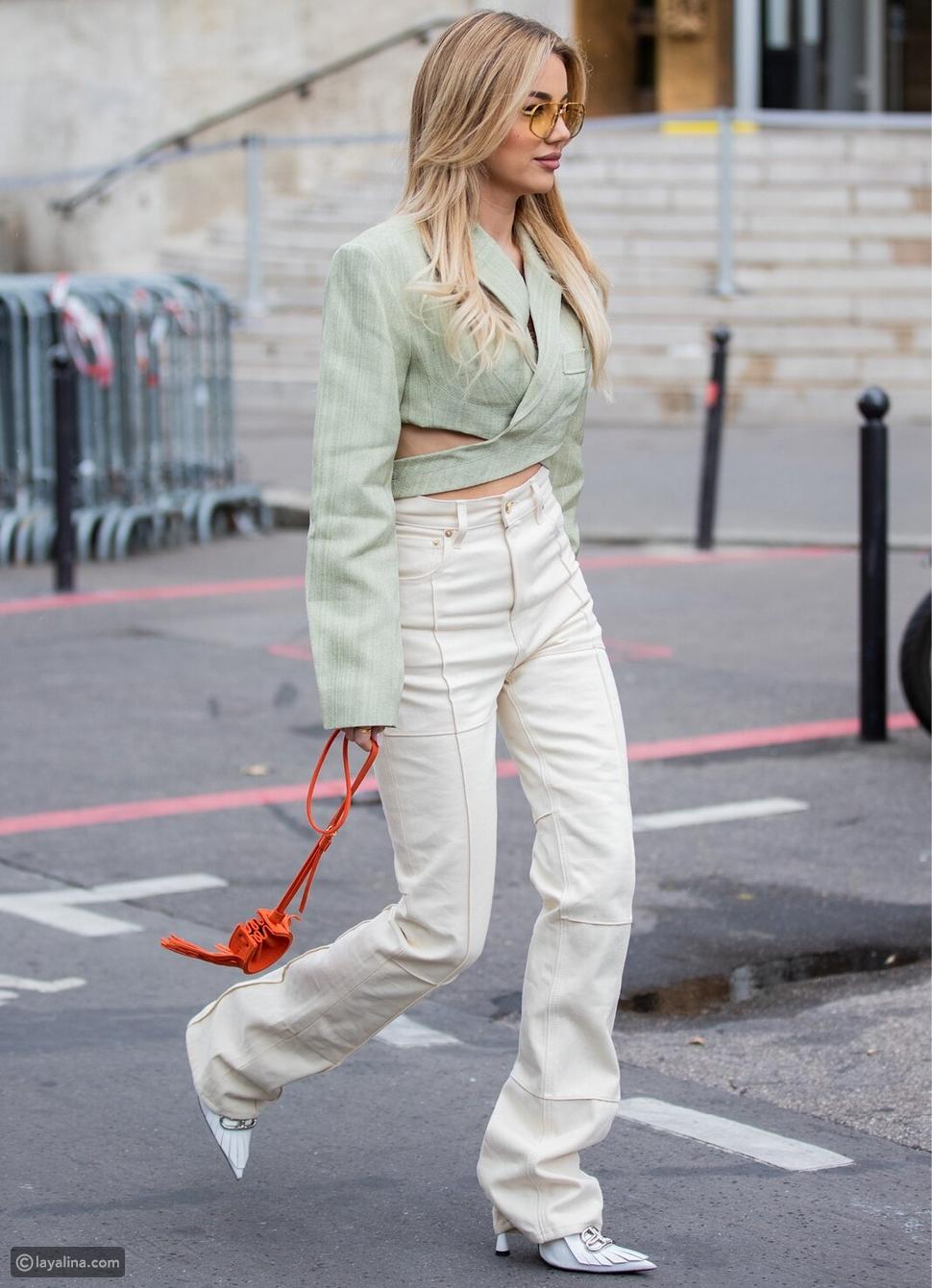 جينز أبيض من موضة السبعينات