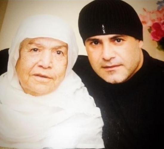 عاصي الحلاني ينشر صورة والدته الراحلة ورسالة مؤثرة منه لها