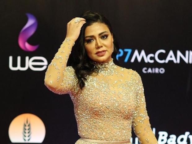 صور رانيا يوسف تخالف التوقعات في ختام مهرجان القاهرة: شاهد واحكم بنفسك
