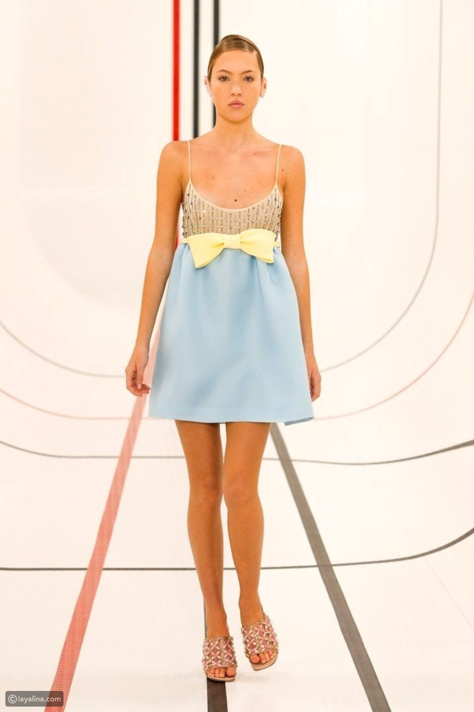 فستان كوكتيل لحفلات الصيف
