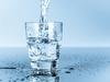 ماذا يحدث لجسمك عندما تشرب الماء مع صودا الخبز على معدة خاوية