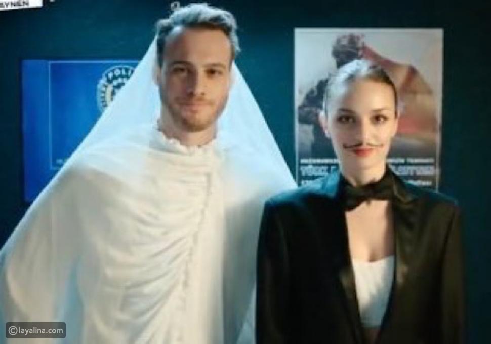 كرم بورسين يُغضب الجمهور بسبب ظهوره بفستان زفاف