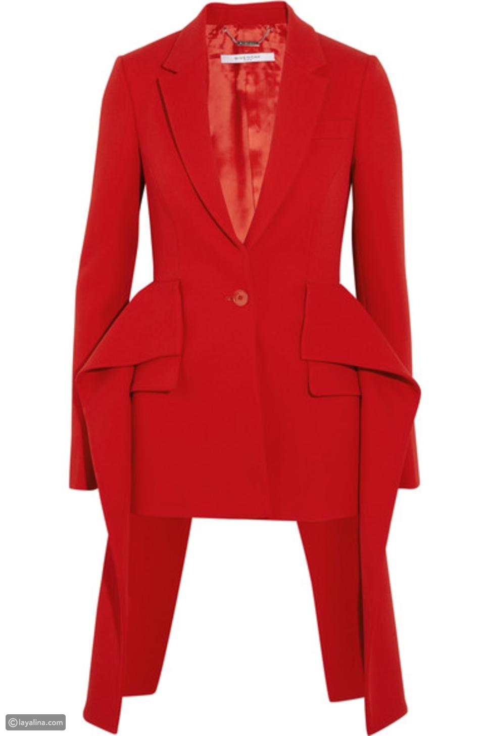 3 طرق مختلفة لتنسيق جاكيت Givenchy الأحمر