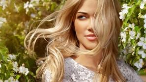 طرق تطويل الشعر بدون زيوت